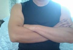 ノースリーブの筋肉に女性は弱い?