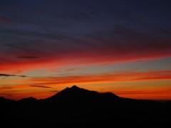 ご来光直前の鹿島槍ガ岳中心の山並みです!